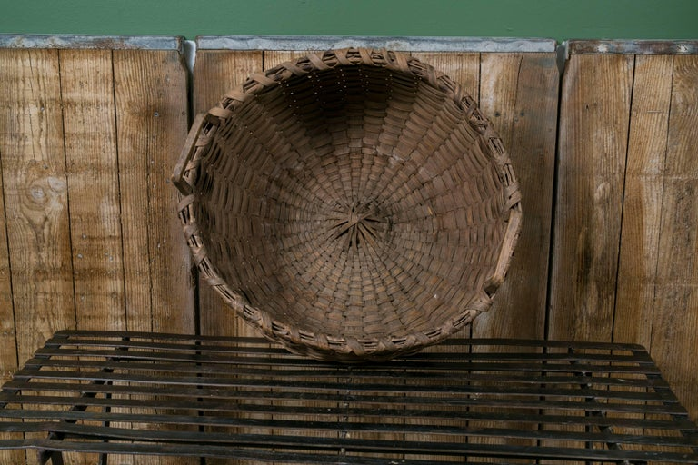 Hand-Crafted Large Antique Round Woven Wood Basket with Square Handles, circa 1910 For Sale