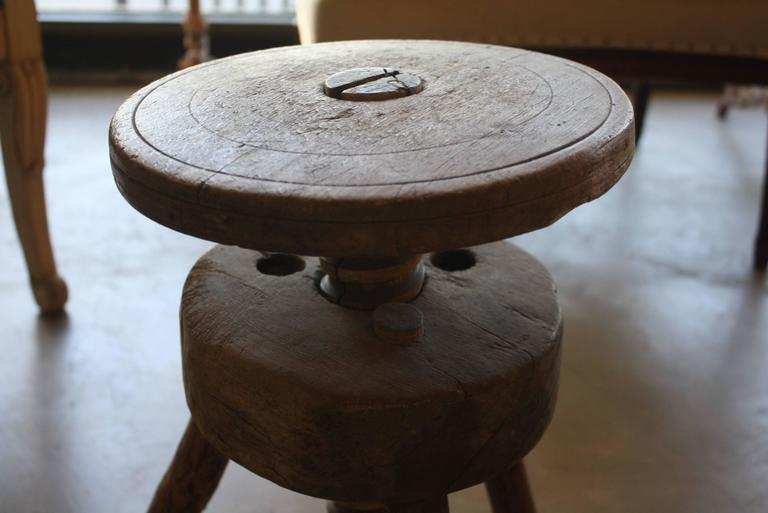 Vintage Adjustable Artist Stool 3
