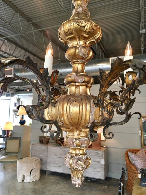 19th Century Carved Giltwood Six-Light Chandelier 2