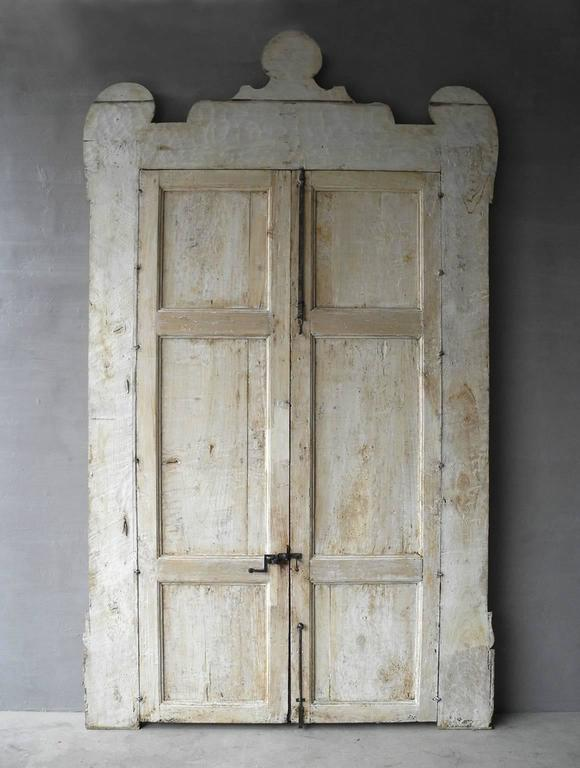 Antique Pair of Grand 18th Century Doors from Naples, Italy with Crown Frame 2