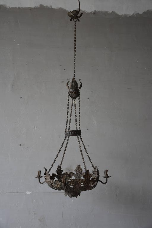 Iron Late 19th Century Italian Tole Chandelier For Sale