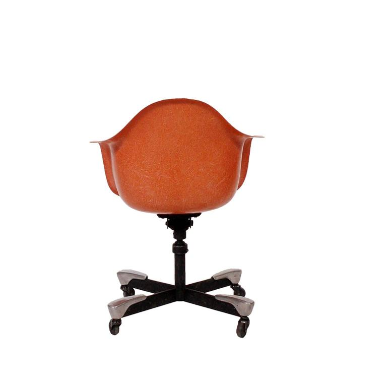 American Modern Charles Eames DAT Desk Chair for Herman Miller, 1953 For Sale