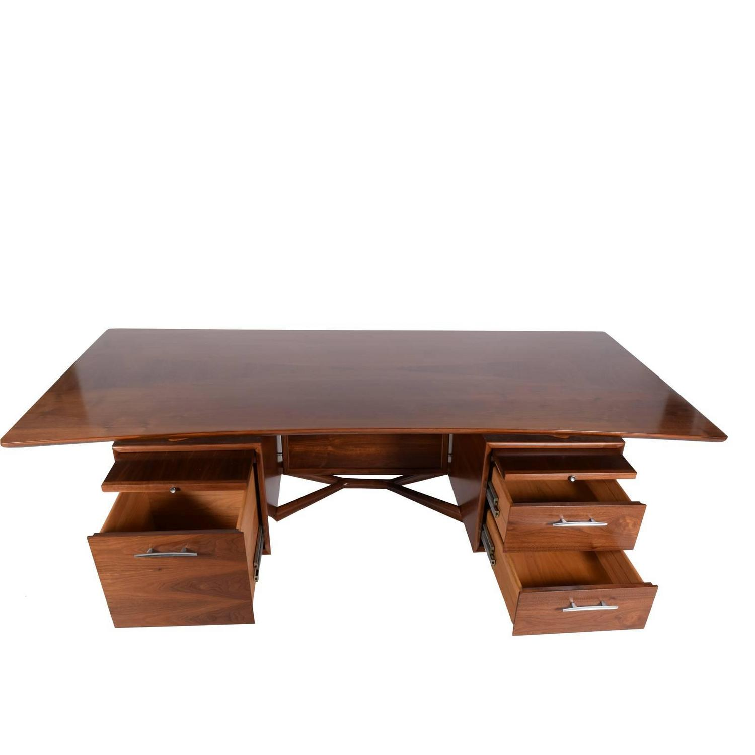 Large Executive American Desk Attributed To Stow Davis For