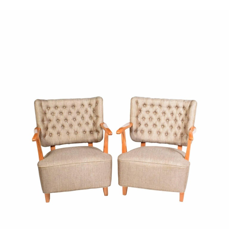 1940s Scandinavian Easy Chairs in the Manner of Fritz Hansen For Sale 2