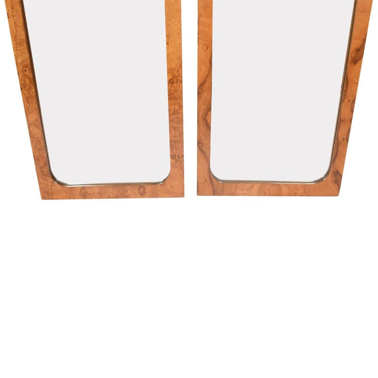 Pair of Burl Wood Mirrors by Lane Furniture In Excellent Condition For Sale In Dallas, TX
