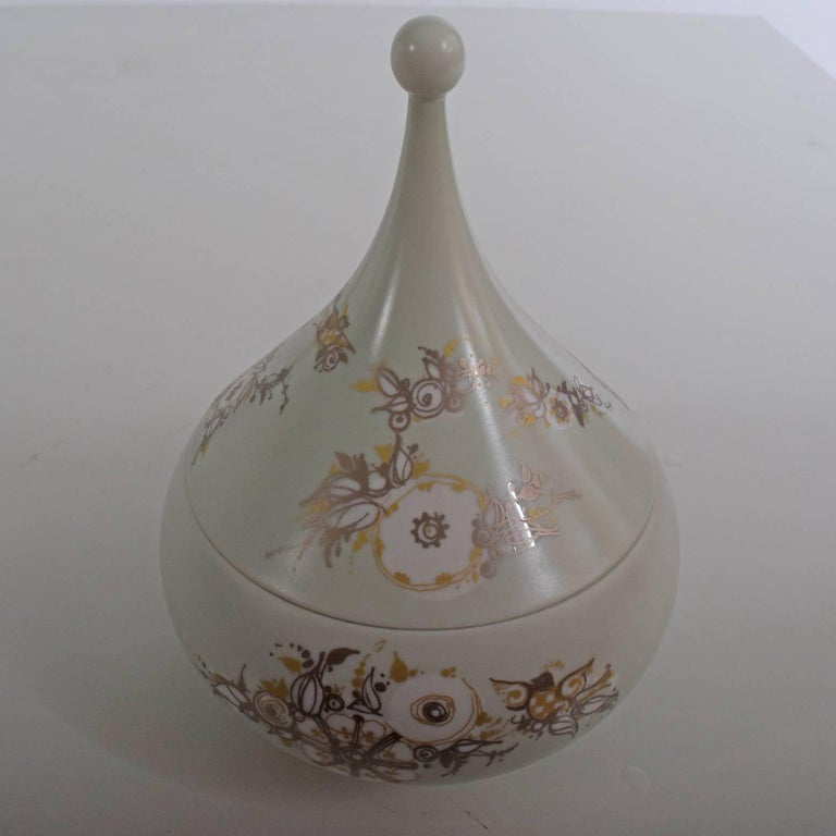 Hand-painted porcelain terrine signed Bjorn Wiinblad and Rosenthal marking on the bottom.