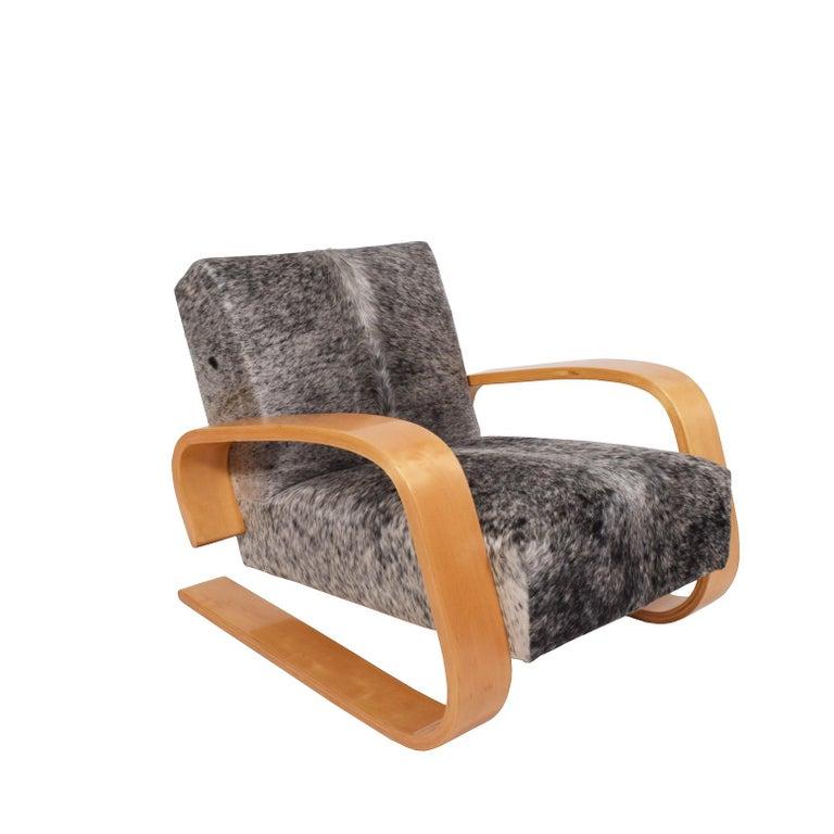 Finnish Early Tank Chair by Alvar Aalto for Artek For Sale