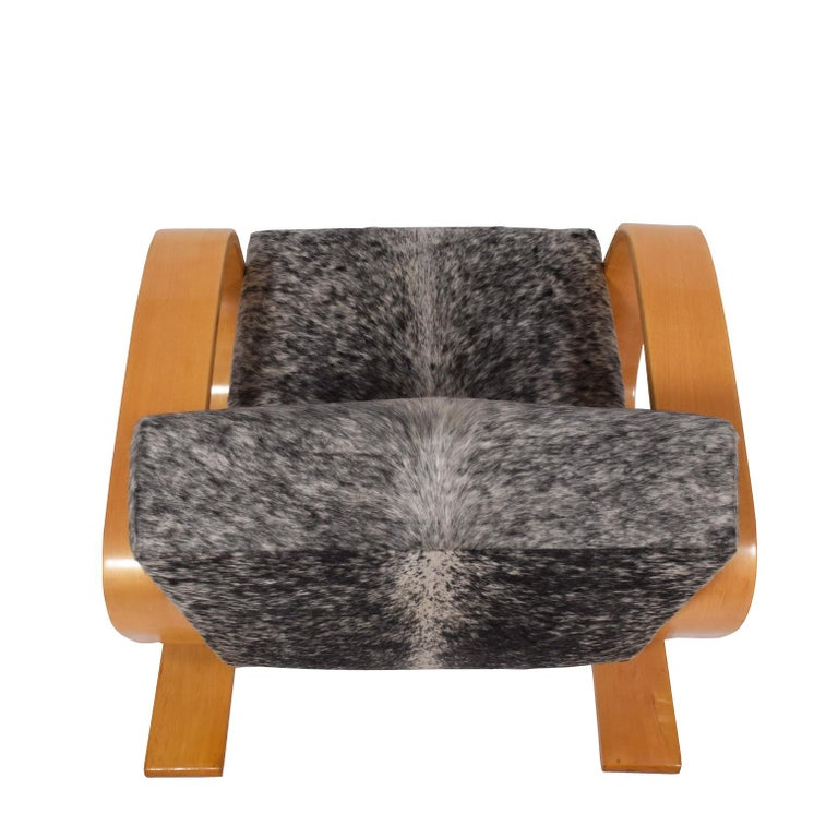Cowhide Early Tank Chair by Alvar Aalto for Artek For Sale