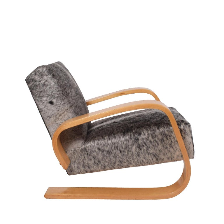 Early Tank Chair by Alvar Aalto for Artek In Good Condition For Sale In Dallas, TX