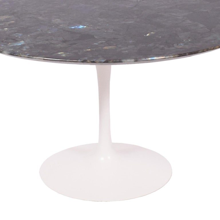 Modern Tulip Table with Brazilian Granite Top by Eero Saarinen for Knoll For Sale