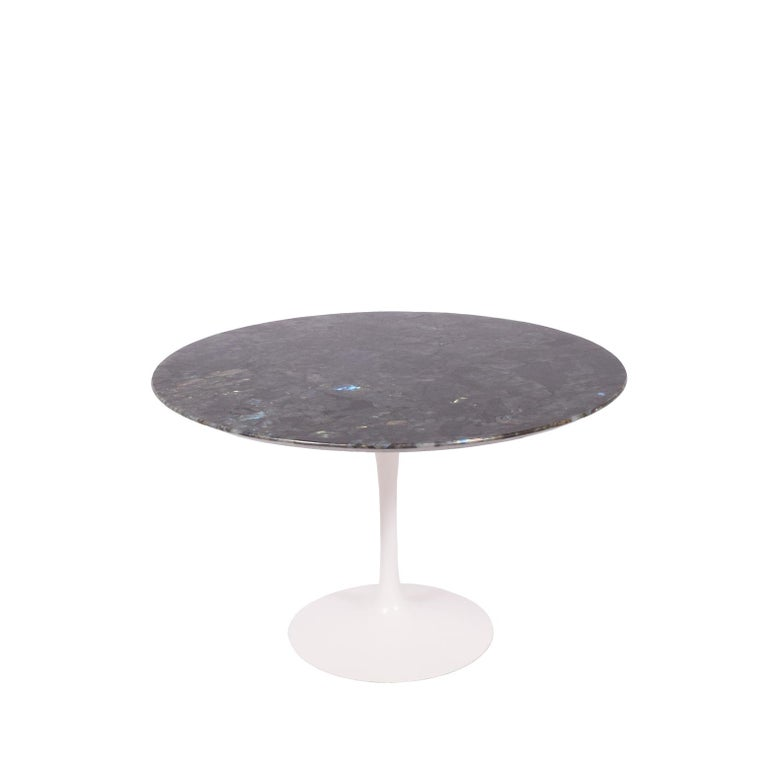 Mid-20th Century Tulip Table with Brazilian Granite Top by Eero Saarinen for Knoll For Sale