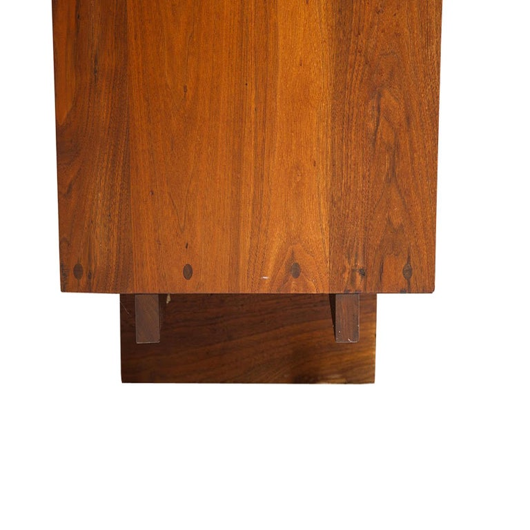 George Nakashima Chest of Drawer in Walnut Nakashima Studio For Sale 3