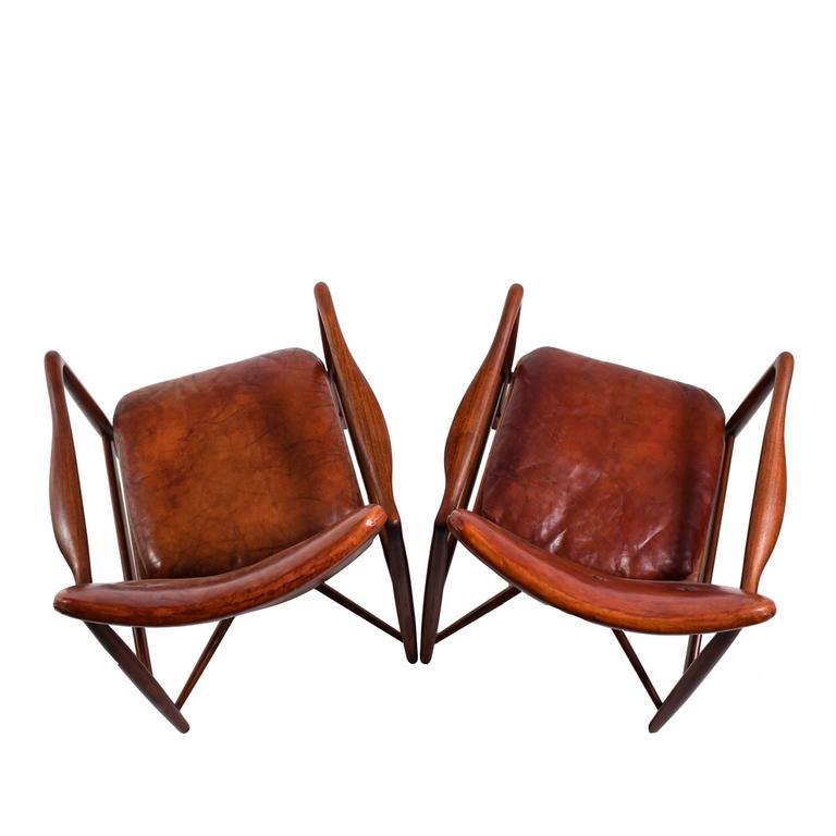 Mid-20th Century Pair of Finn Juhl Chairs for Bovirke, 1946 For Sale