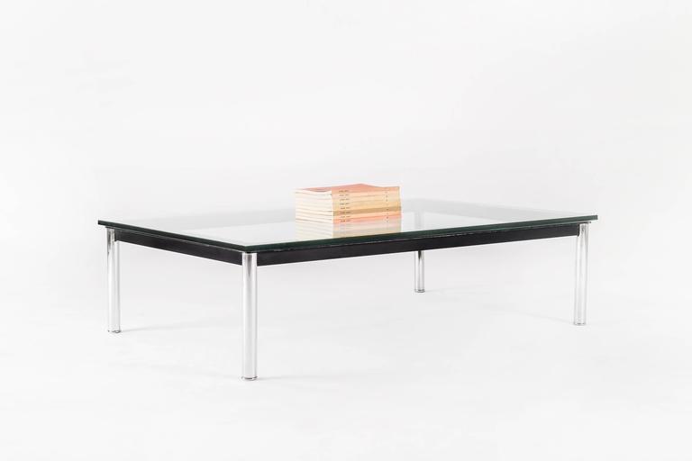 le corbusier rectangular cocktail table for sale at 1stdibs. Black Bedroom Furniture Sets. Home Design Ideas