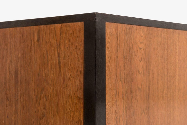 Pair of Harvey Probber Nightstand or Ends Cabinets 9