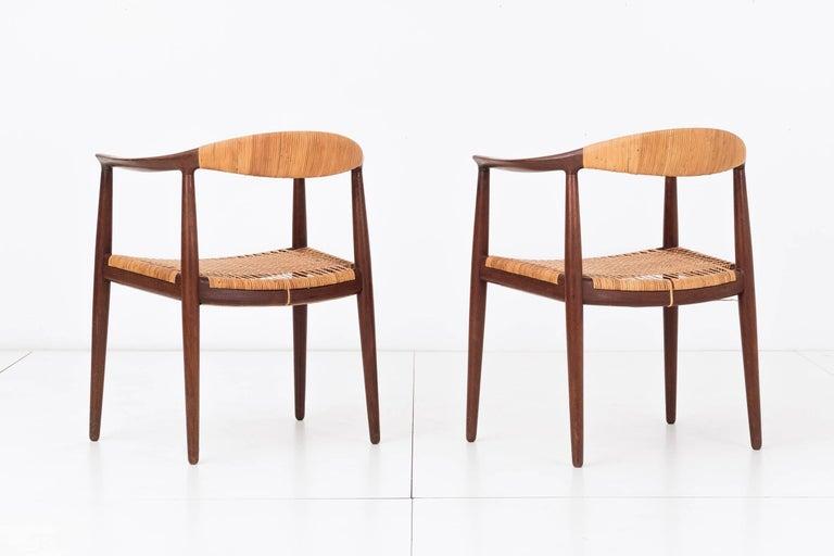 Mid-Century Modern Set of Eight Hans Wegner Armchairs For Sale