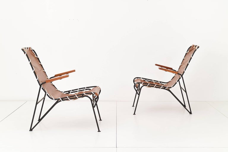 Mid-Century Modern Pair of Sling Lounge Chairs by Pipsan Saarinen Swanson For Sale