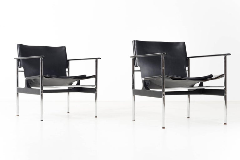 Pair of Charles Pollock Black Leather Lounge Chairs In Excellent Condition For Sale In Chicago, IL