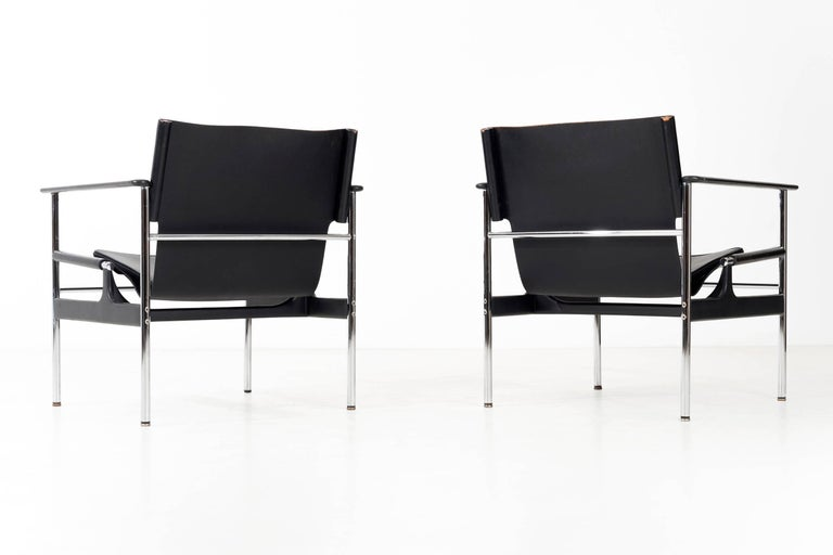 Mid-20th Century Pair of Charles Pollock Black Leather Lounge Chairs For Sale