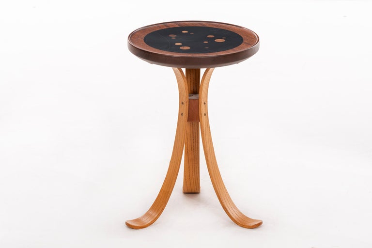 Mid-Century Modern In the style of Wormley for Dunbar Side Table For Sale
