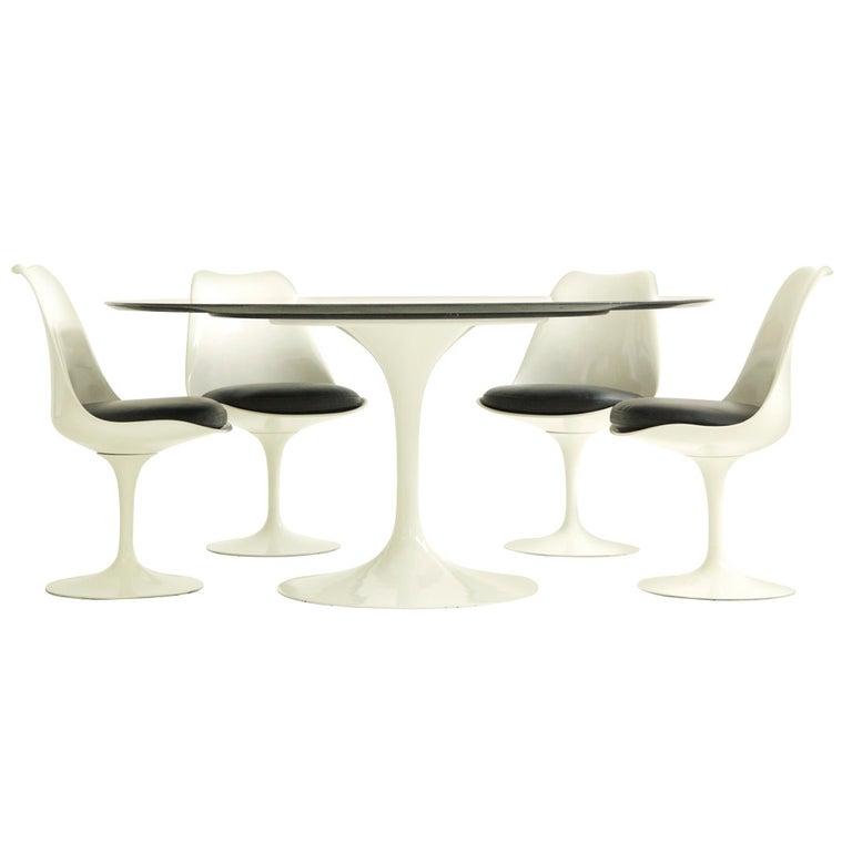 Early Eero Saarinen Dining Set