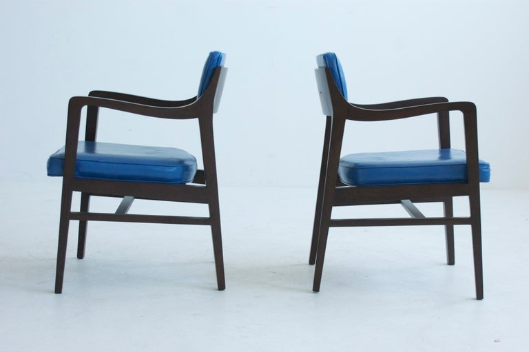 Pair of armchairs, Edward Wormley for Dunbar, model 830.