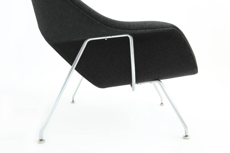 Early eero saarinen womb chair and ottoman for sale at 1stdibs - Vintage womb chair for sale ...