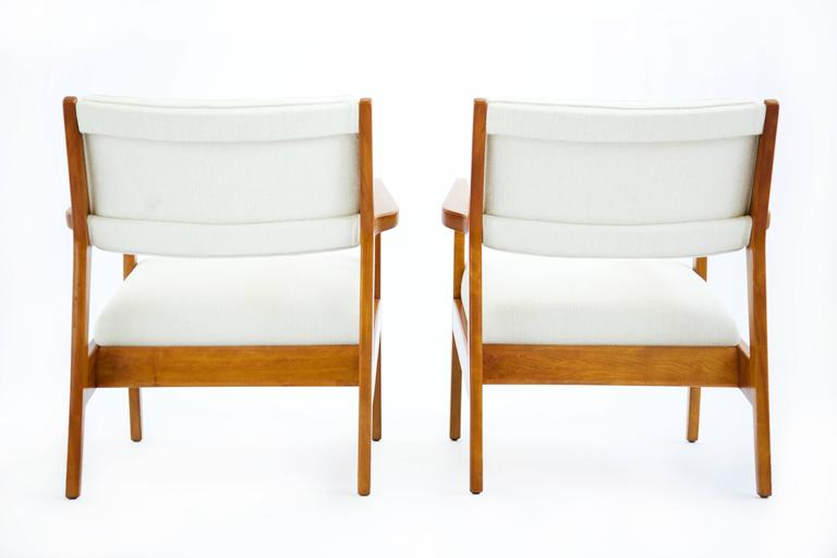 Mid-20th Century Pair of Early Jens Risom Lounge Chairs For Sale