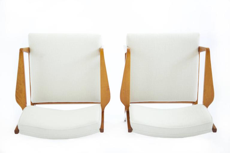 Pair of Early Jens Risom Lounge Chairs For Sale 1