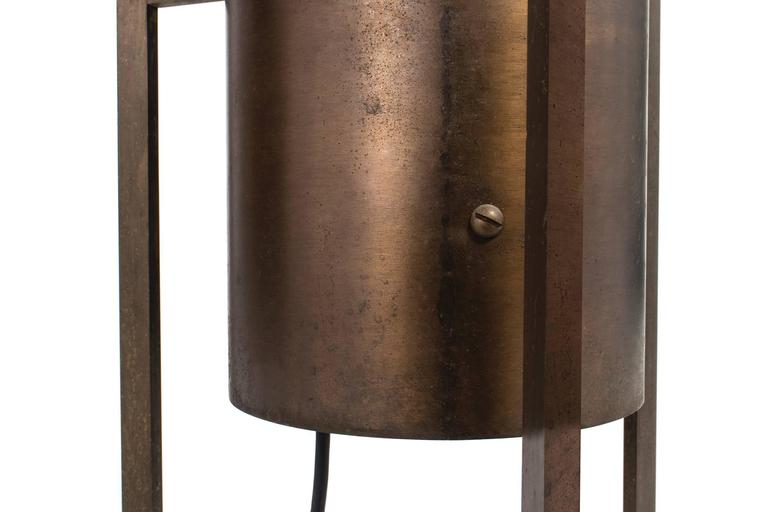 Philip Johnson & Richard Kelly Floor Lamp In Excellent Condition For Sale In Chicago, IL