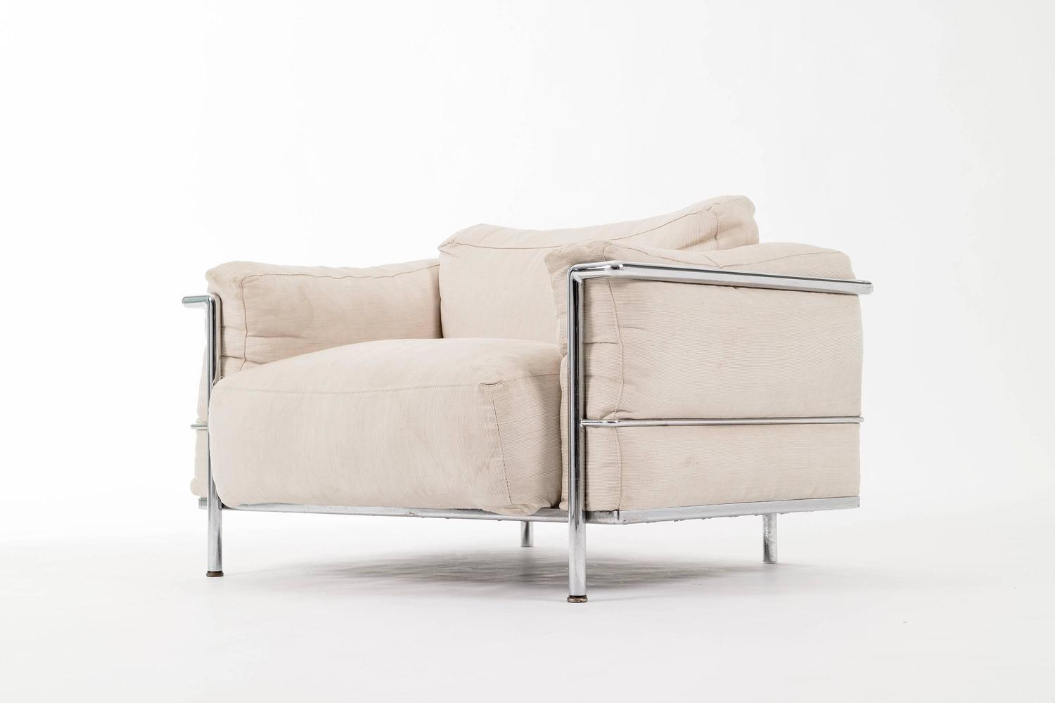 Le Corbusier Lc3 Lounge Chair Grande For Sale At 1stdibs