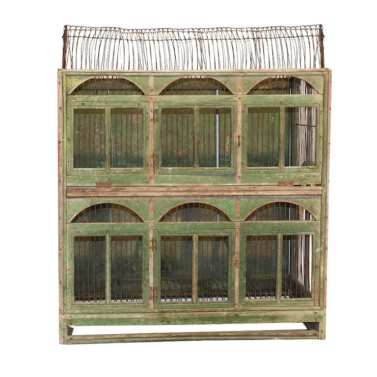 Italian 1840s Large Size Green Painted Wooden Birdcage with Arched Windows