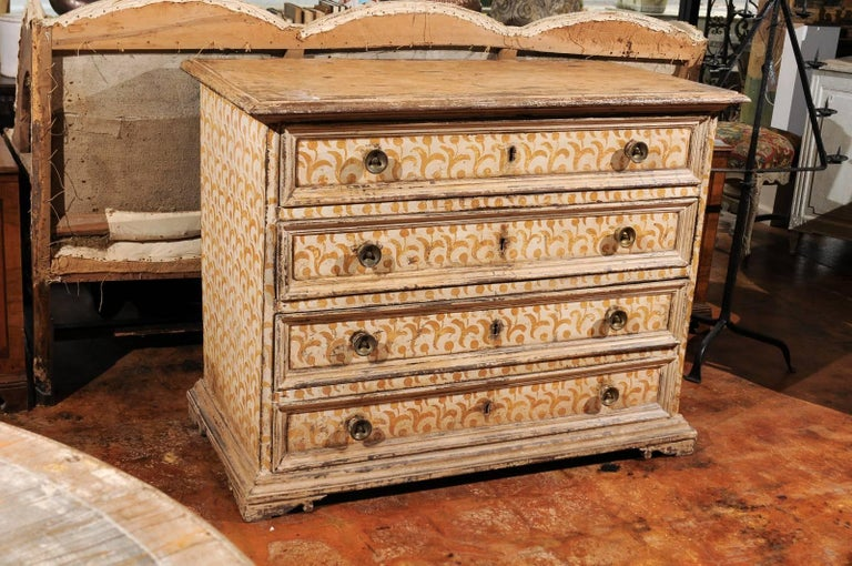 17th Century Florentine Tall Four-Drawer Commode with Painted Floral Motifs For Sale 2