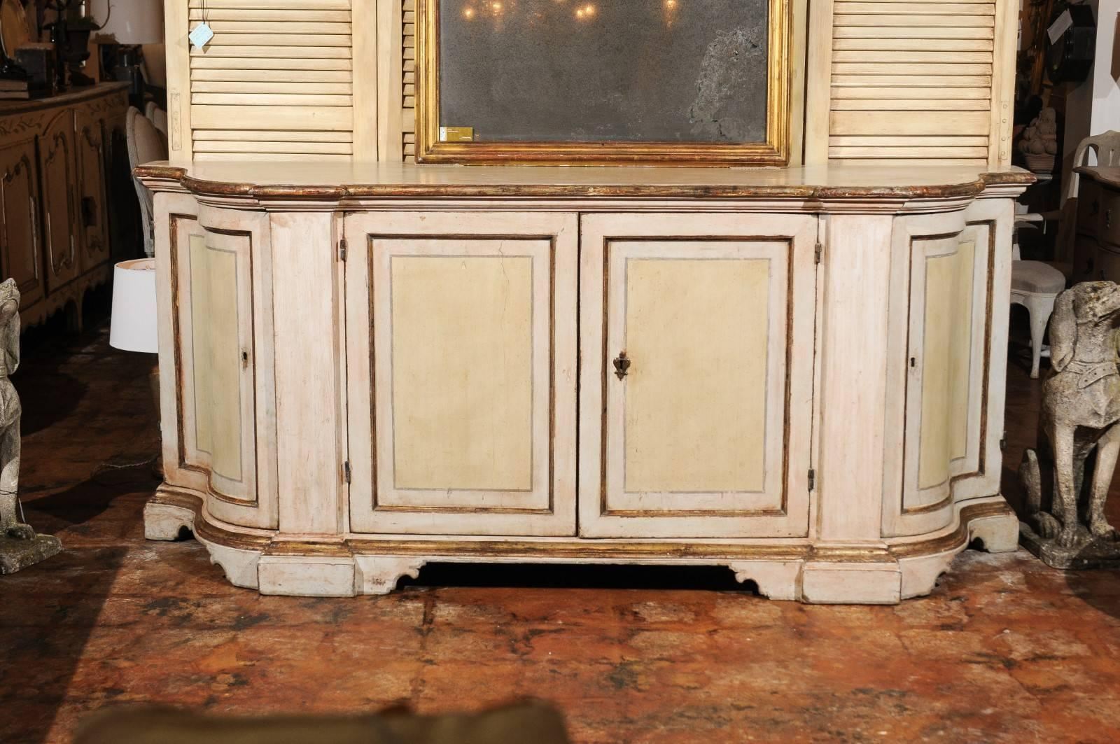 Credenza La Gi : Florentine s painted credenza with silver gilt trim and