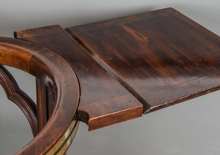 George III Mahogany and Brass-Mounted Reading Chair For Sale 2