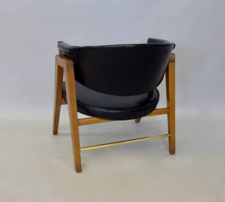 American Edward Wormley for Dunbar Lounge Chair with Black Leather For Sale