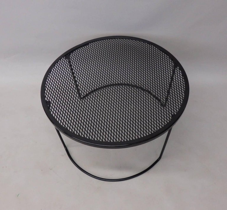 Mid-Century Modern Round Woodard Wrought Iron Coffee Table For Sale