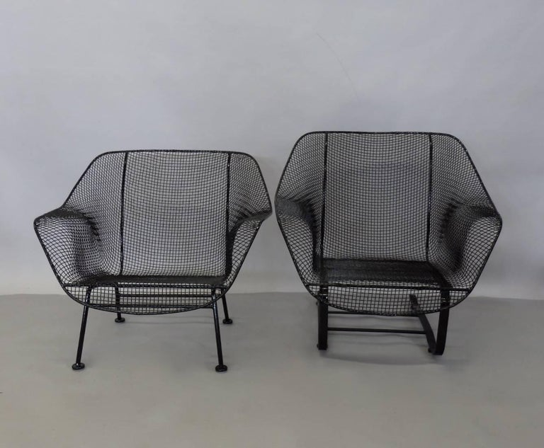 Mid-Century Modern Pair of Restored Woodard Large Wrought Iron Lounge Chairs For Sale