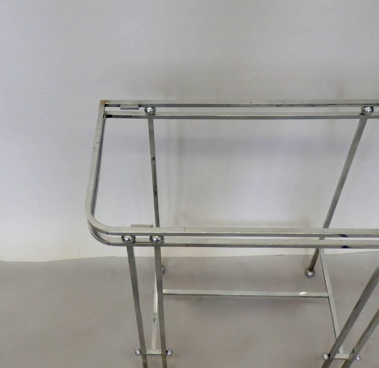 American Pair of Donald Deskey Style Art Deco Machine Age Chrome Console Side Tables For Sale