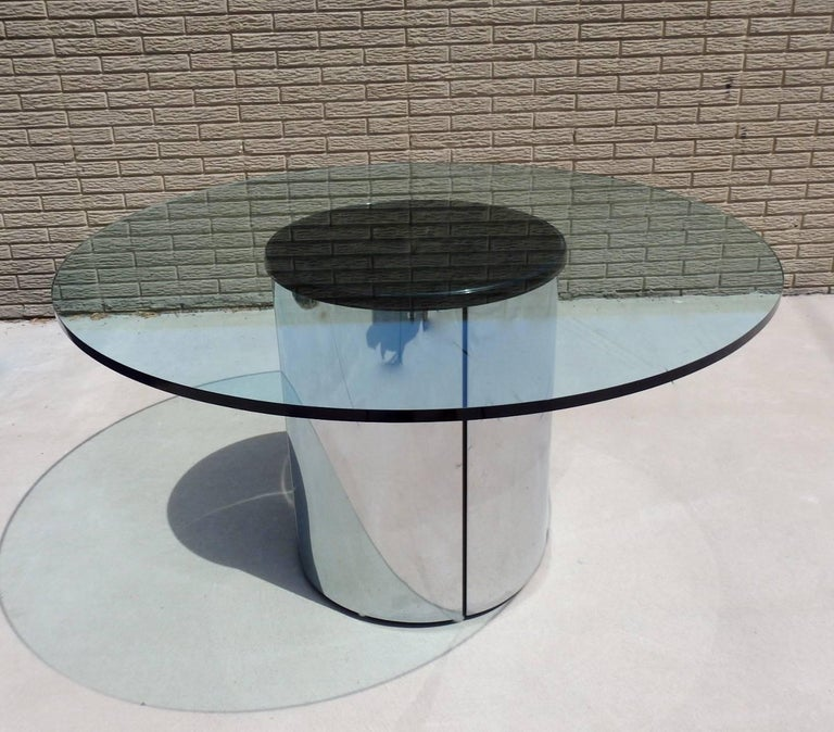American Large Round Glass Top Pace Table with Stainless Steel Base For Sale