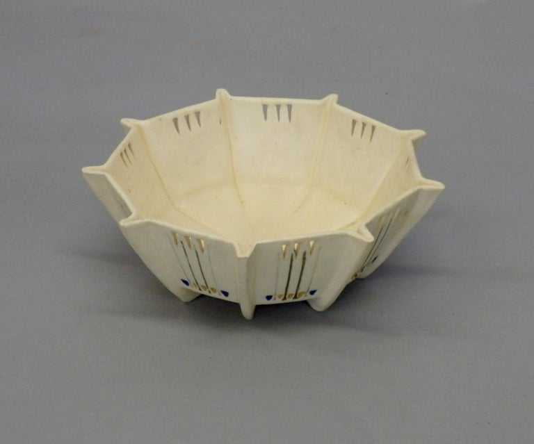 Period Art Deco bowl with pierced decoration.
