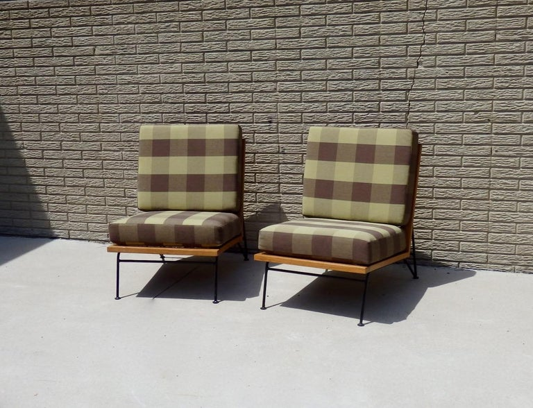Pair of Pipsan Saarinen Swanson Wood Frame Wrought Iron Leg Lounge Chairs In Excellent Condition For Sale In Ferndale, MI