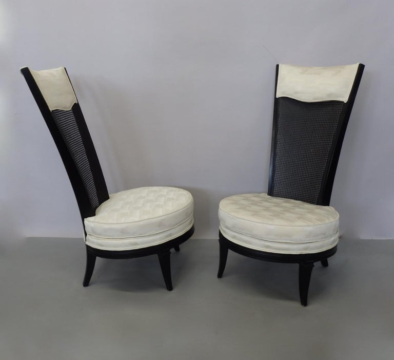 Pair of James Mont Style Hollywood Regency Lounge Chairs In Excellent Condition For Sale In Ferndale, MI
