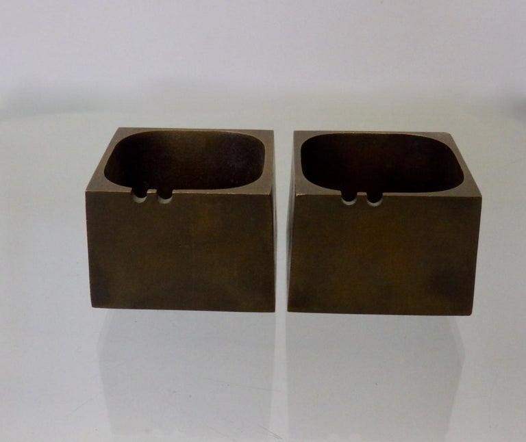 Pair of Paul Evans Style Cast Bronze Brutalist Ash Trays For Sale 1