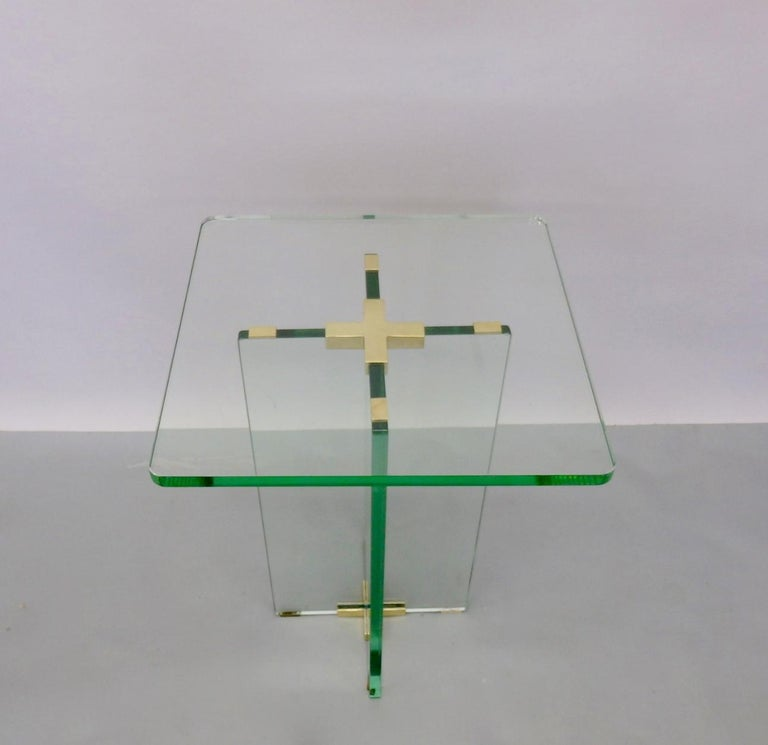 Architecturally Styled Green Edge Glass Side Table Attributed to Fontana Arte In Excellent Condition For Sale In Ferndale, MI