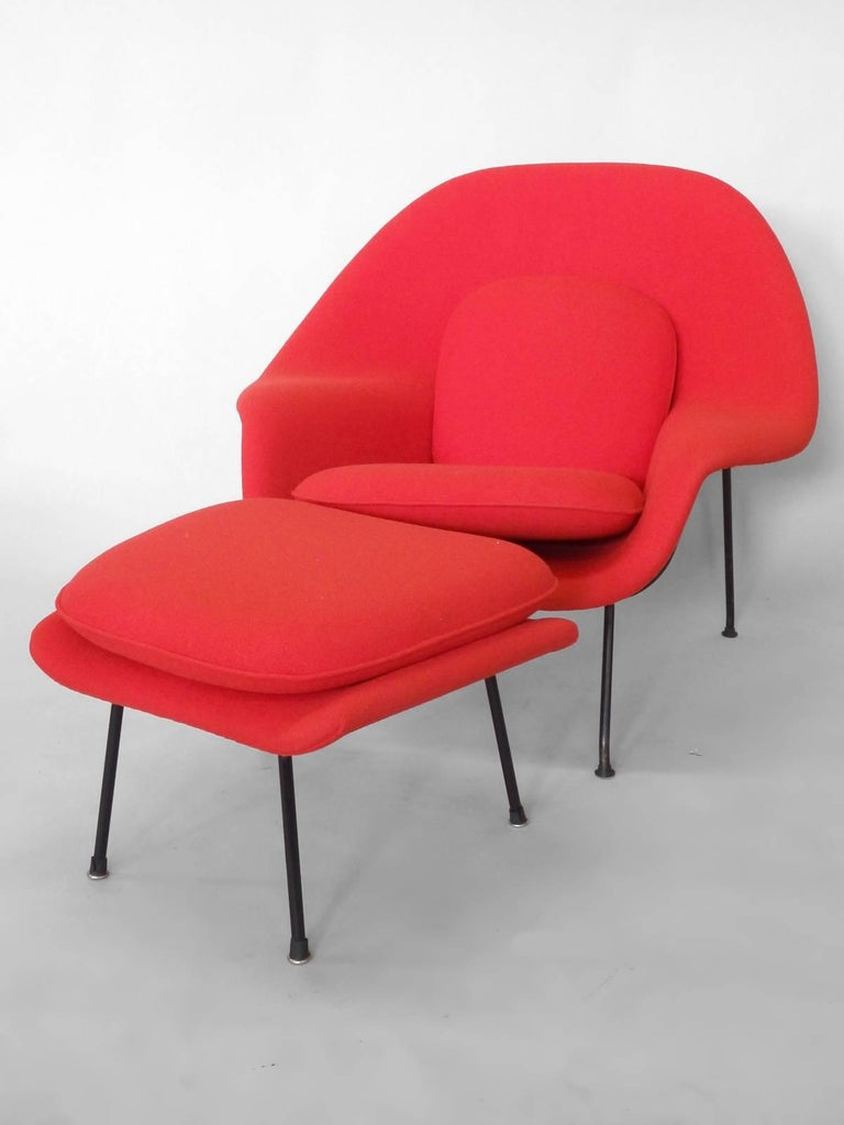 Early Production Eero Saarinen for Knoll Womb Chair with Ottoman In Excellent Condition In Ferndale, MI
