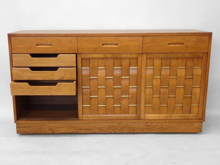 Edward Wormley Dunbar Woven Front Credenza In Excellent Condition For Sale In Ferndale, MI