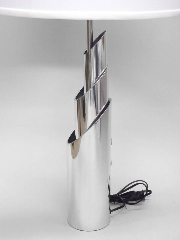 Mid-Century Modern Pair of Concentric Aluminum Tube Lamp Sculptures Attributed to James Prestini For Sale