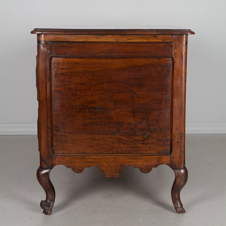 19th Century Louis XV Style Walnut Commode 7