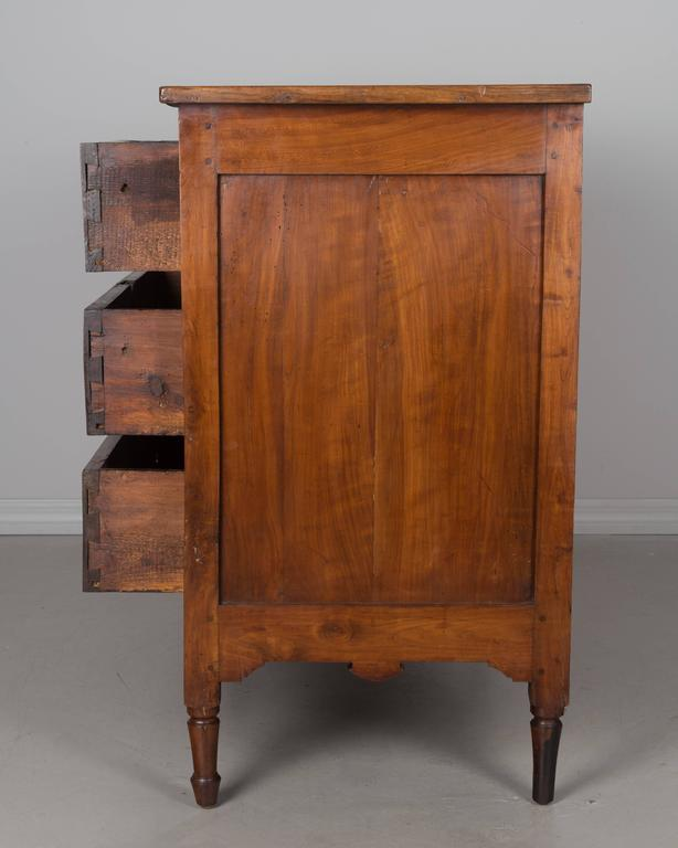19th Century French Directoire Period Commode For Sale 1